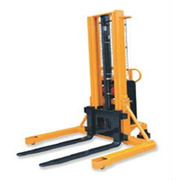Hydraulic Electric Stracker manufacturer in Chennai