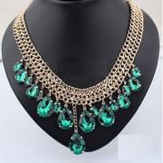 Elegant Women Green Tone Necklace