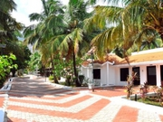 Contact Esakki Resorts To Get A best hotel in Kutralam